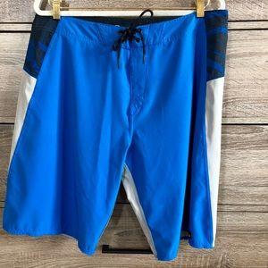 Oakley Men's Board Shorts Size 36